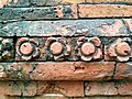বাঘা মসজিদের দেয়ালে পোড়া মাটির ফলক (১).jpg