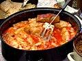 00102 Kohlroulade mit Tomaten-Reis-Füllung. Vorkarpatische Küchenspezialitäten, Sanok.jpg