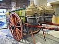 076 Fabra i Coats, Can Fontanet, carruatges dels Tres Tombs, carro amb portadores de raïm.jpg