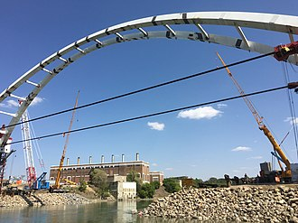Walterdale Bridge - Image: 105st bridge may 2016 (27011756265)