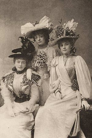 The Geisha - Gaiety Girls in The Geisha: Alice Davis (l), Blanche Massey (c), Hetty Hamer (r)