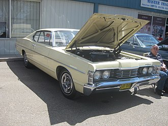 Meteor (automobile) - Image: 1968 Meteor Rideau (14252728170)