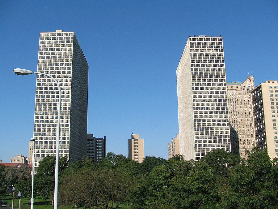 Regents Park (Chicago)
