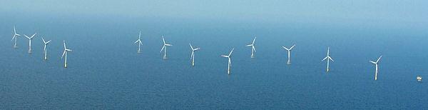 2012-05-13 Alpha ventus - Nordsee-Luftbilder DSCF8851.jpg