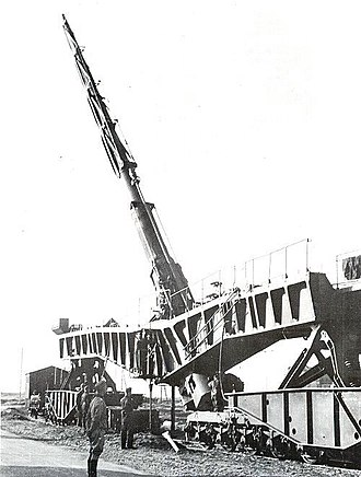 Operation Sea Lion - The huge 21 cm K12 railway gun was only suitable for bombarding targets on land.