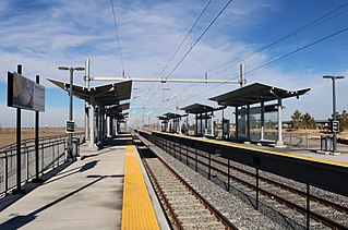 61st & Peña station