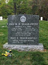 ANCExplorer John Shalikashvili grave.jpg