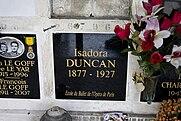 AX_Isadora_Duncan_Tomb.jpg