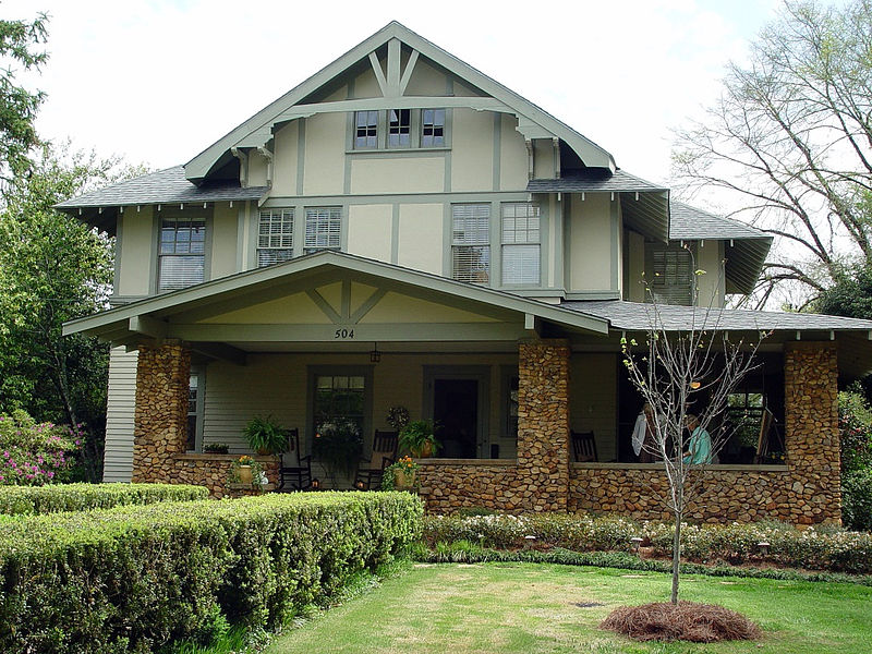 Characteristics of the american craftsman for Abernathy house