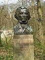 Adam Mickiewicz Büste.jpg
