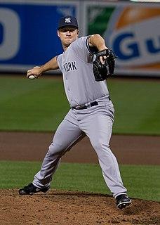 Adam Warren (baseball) American baseball pitcher