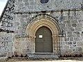 Affieux église portail.jpg