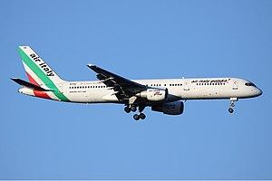 Air Italy Polska Boeing 757 Pierobon.jpg