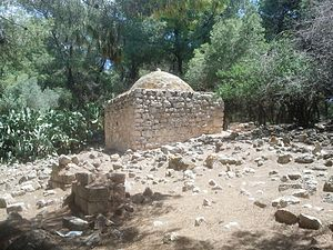 Lubya - Al-Nabi Shwamin grave in Lubya