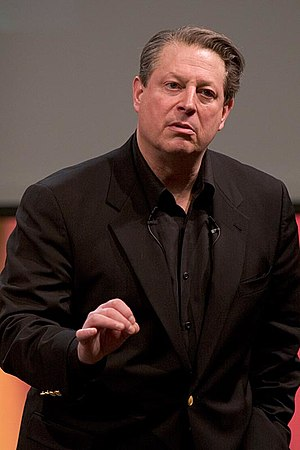 The Climate Reality Project - Al Gore during one of his slideshows about the climate crisis, 2006