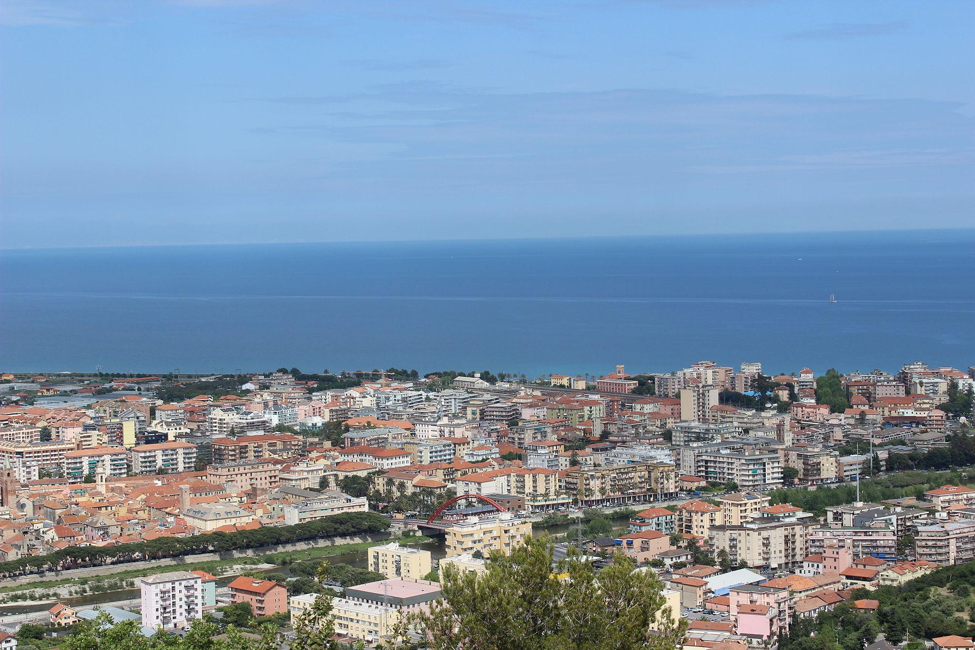 Albenga wikipedia for Be italia