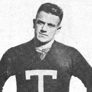 Albert Hill (American football) - Image: Albert Hill (1917)