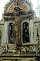 Amiens, cathedral Notre-Dame, statue of crucified Christ.JPG