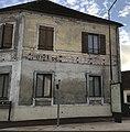 Ancien hôtel à Maison-Rouge (Seine-et-Marne, France) en octobre 2017.jpg