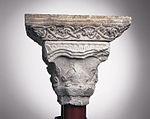 Anonyme toulousain - Chapiteau de colonnes jumelles , Les Pèlerins d'Emmaüs - Musée des Augustins - ME 145 (4).jpg