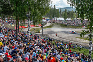 Höljesbanan - The split for the regular and joker laps at the start of the circuit