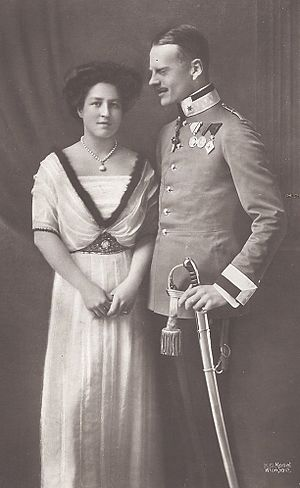 Archduchess Isabella of Austria - Archduchess Isabella of Austria with her husband, Prince Georg of Bavaria, c. 1918.