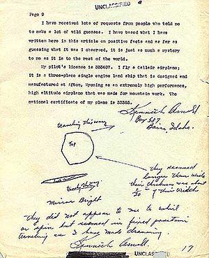 Extrait du témoignage écrit de Kenneth Arnold comportant le dessin d'une «soucoupe volante», remis à l'armée de l'air le 12 juillet 1947