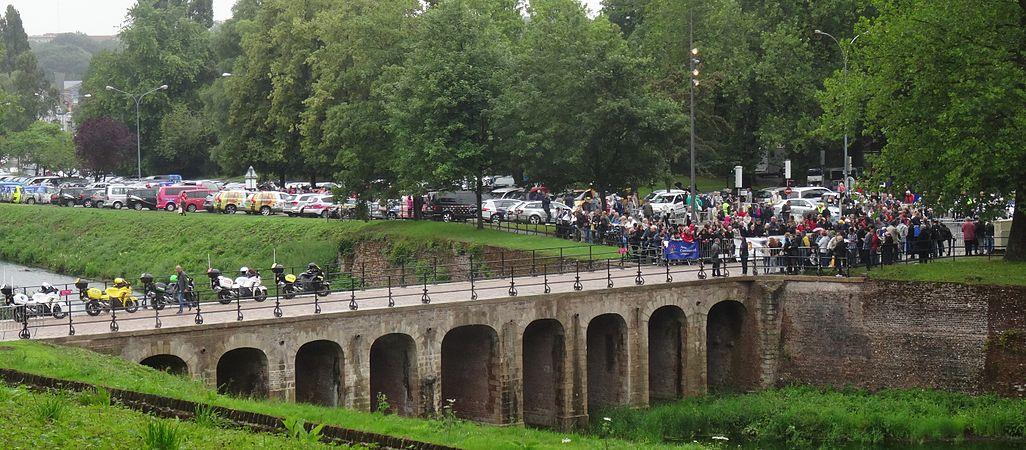 Arras - Tour de France, étape 6, 10 juillet 2014, départ (23).JPG