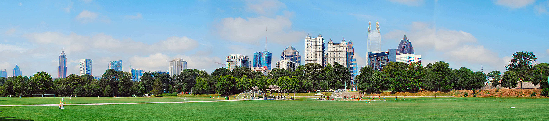 Atl skyline from Piedmont Park.jpg