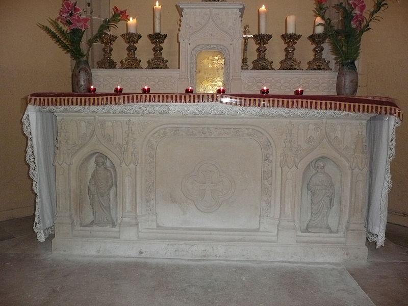 Autel de l'église de Lys