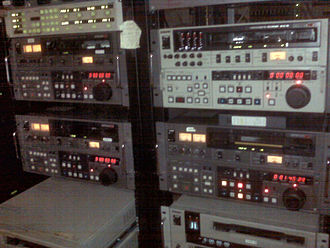 Color suite - BVW-75, PVW-2800, and UVW-1800 BetacamSP VTRs in a 19-inch racks.