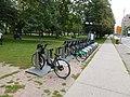 Bixi bike kiosk, Gerrard and Jarvis, 2013 09 15 -a.jpg