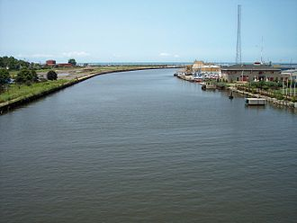 Black River (Ohio) - The Black River at its mouth at Lake Erie in Lorain