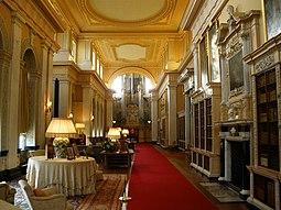 Blenheim Palace 6-2008 3.jpg