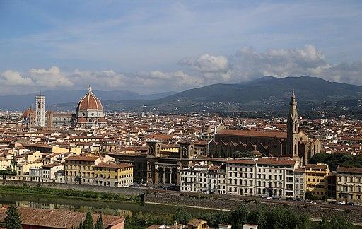 Piazzale Michelangelo, con veduta del Duomo di Santa Maria del Fiore e Santa Croce