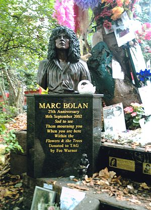 Bolan's Rock Shrine - Bolan's shrine, on what would have been his 60th birthday, 30 September 2007