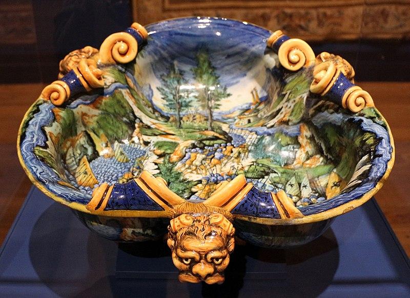 Bottega di guido durantino, bacinella con battaglia di annibale contro i romani, urbino 1550-60 ca.jpg