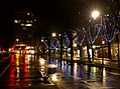 Boulevard du Musée à Chambéry sous la pluie au feu rouge (2018).JPG