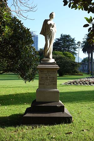 George Boyd (potter) - The Boyd statue in Albert Park, Auckland, erected from a bequest by George Boyd's wife Helen