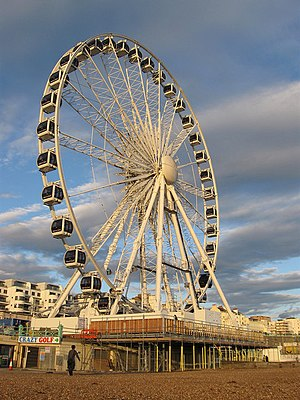 Brighton Wheel - The Brighton Wheel nearing completion on 7 October 2011, with the Van Alen Building in the background