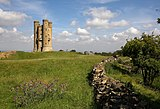 Broadway Tower - geograph.org.uk - 1572760.jpg