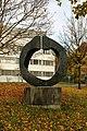 Bronzeplastik Grand Astre 1⁄3 (André Ramseyer 1966) 13.jpg