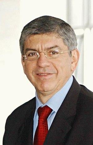 César Gaviria - Image: César Gaviria