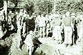 COLLECTIE TROPENMUSEUM Aanleg van een brug door de genie tijdens de eerste politionele actie TMnr 10029181.jpg