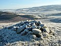 Cairn on Mid Hill - geograph.org.uk - 1066178.jpg