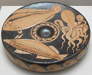 Fish plate - Campania, 325-290 BC