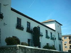 Videos  y fotos de nuestros lugares de origen o residencia - Página 2 250px-Casa_del_rey_en_arganda