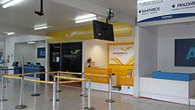 Balcões de check in no aeroporto