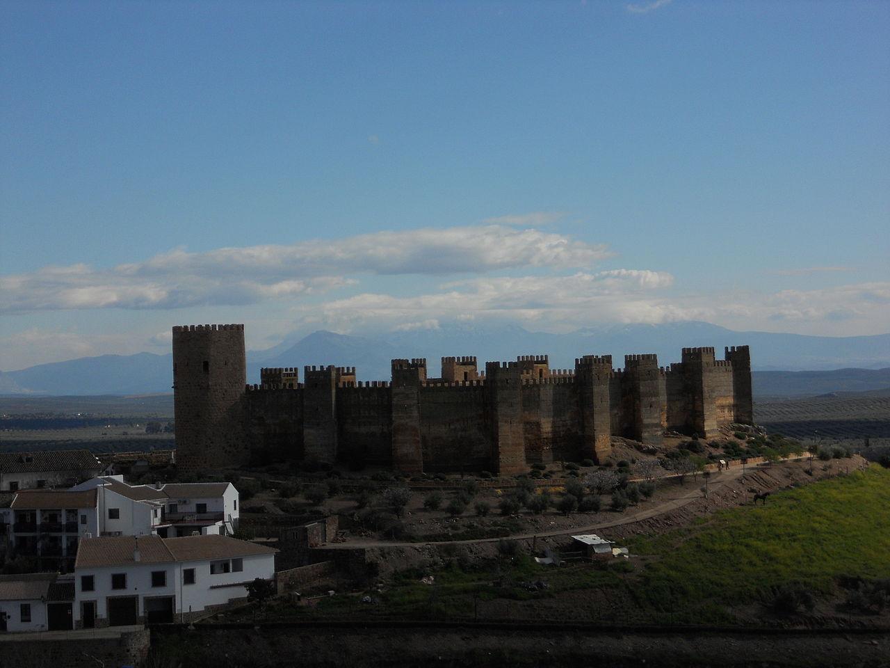 File castillo de burgalimar en ba os de la encina ja n jpg wikimedia commons - Castillo de banos de la encina ...