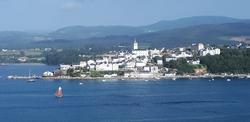 Castropol (RPS 22-07-2020) visto desde Ribadeo.png